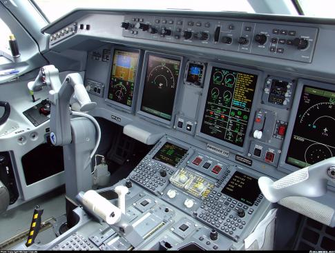 Aircraft for Sale in Italy: 2012 Embraer ERJ-170 - 3