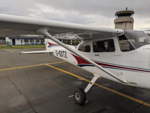 Aircraft for Sale in British Columbia: 2004 Cessna 172S - 3