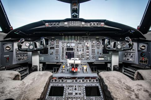 Off Market Aircraft in Kansas: 1994 Bombardier CL-601-3R - 2
