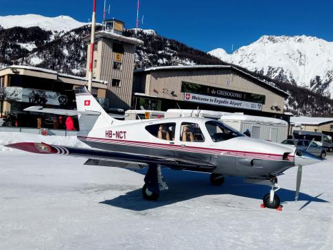 Aircraft for Sale in Switzerland: 1976 Commander 112A - 1