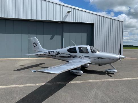 Off Market Aircraft in UK: 2007 Cirrus SR-22G3 GTS Turbo - 2
