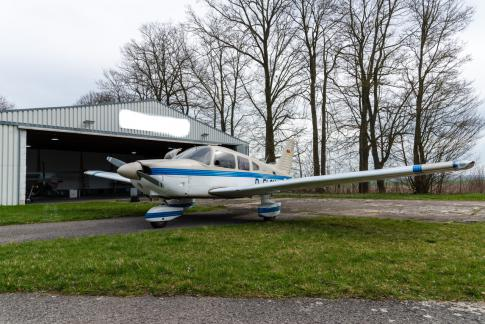Aircraft for Sale in Germany: 1986 Piper Archer II - 2