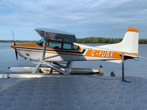 Aircraft for Sale in Quebec: 1966 Cessna 185E - 3