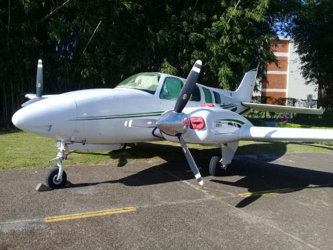 Aircraft for Sale in Central: 1975 Beech B58 Baron - 1