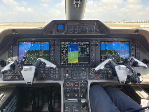 Aircraft for Sale in Israel: 2014 Embraer Phenom 100 - 2