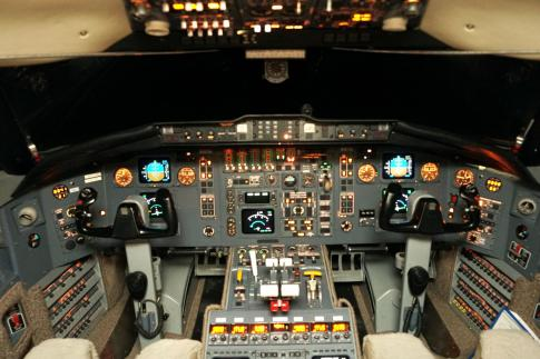 Aircraft for Sale in USA: 1993 Bombardier Challenger 601 - 2