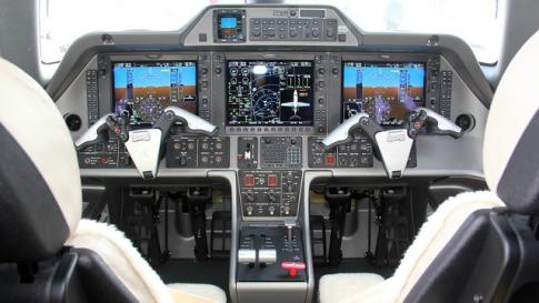 Aircraft for Sale in Germany: 2011 Embraer Phenom 100 - 2