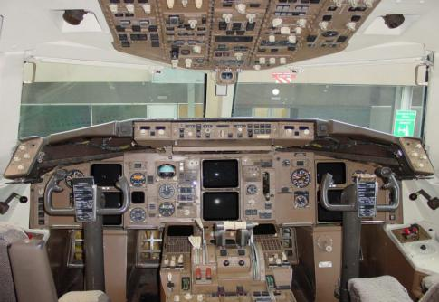 Aircraft for Sale in USA: 1988 Boeing 757-200F - 3