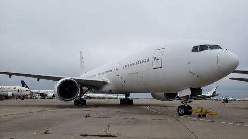 Aircraft for Sale in Kansas City, Missouri, United States (KMCI): 1996 Boeing 777-200