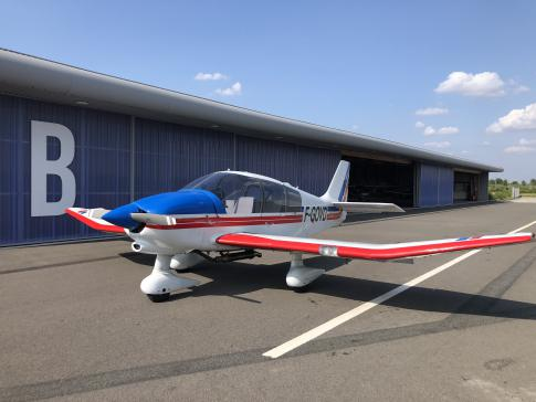 Off Market Aircraft in France: 1992 Robin DR 400-180 - 2