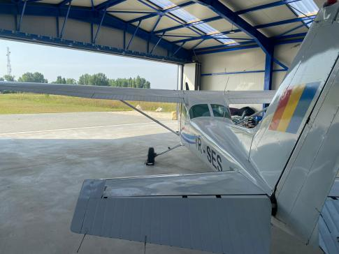 Aircraft for Sale in Bucharest: 1979 Cessna 172N - 2